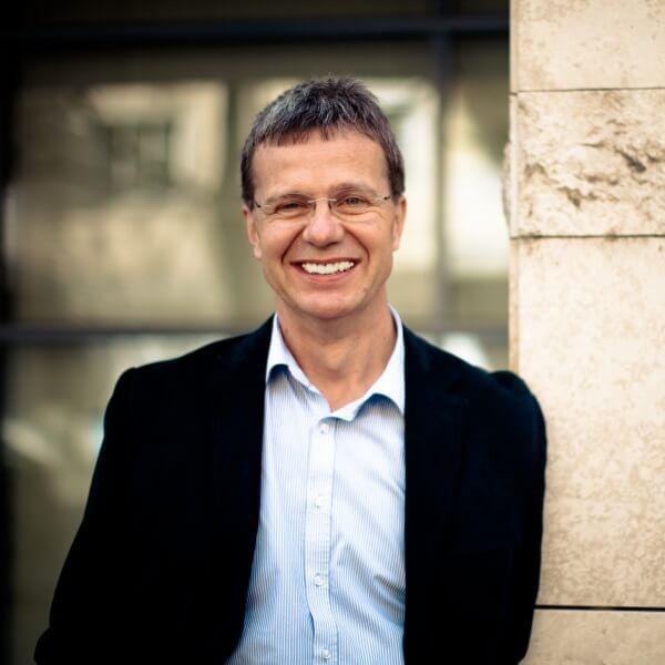 Maconomy ERP support - Csaba Trenger CEO